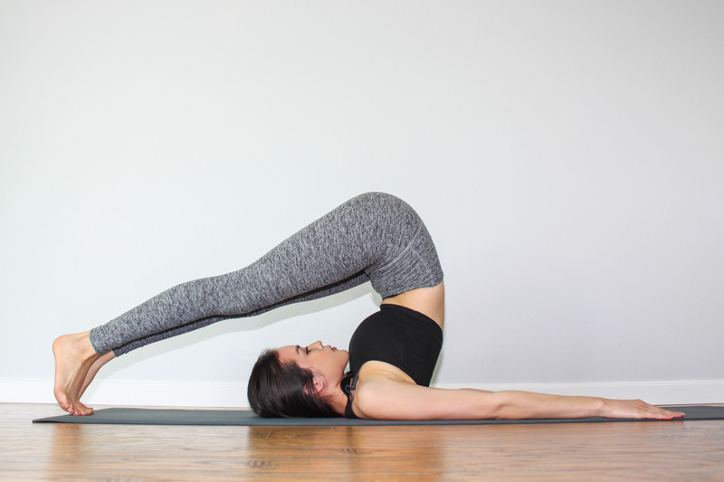 yoga posture colonne