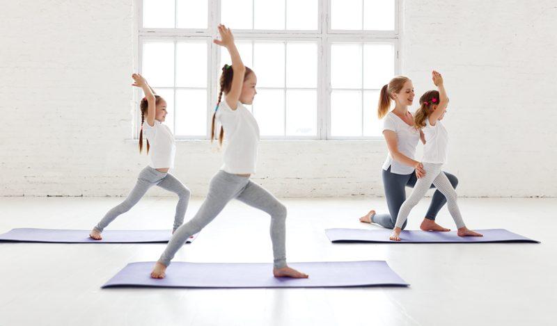 Yoga professeur enfants