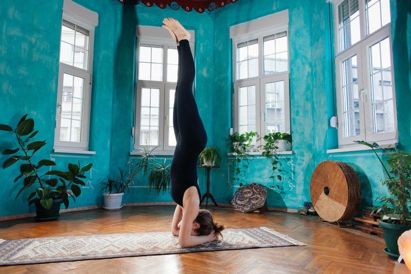 Yoga Uddiyana Bandha